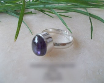 beautiful created amethyst ring US Size 8.25