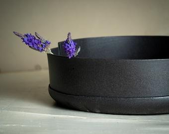 Large Ceramic Black Bowl, Ceramic Serving Bowl, Ceramic Bowl, Large Fruit bowl, Pottery Bowl, Black Serving Bowl, Gift for Newlyweds, Rustic