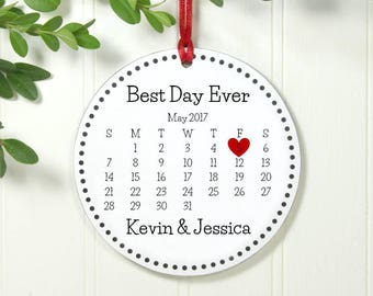 Calendar ornament | Etsy