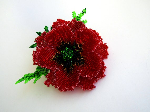 Red poppy brooch Flower brooch Beaded Brooch, decoration for clothing,  weaving with beads