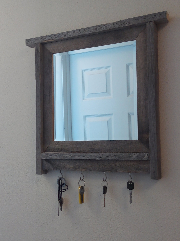 Barnwood gerahmte Spiegel Schlüsselhalter Barnwood Rahmen | Etsy