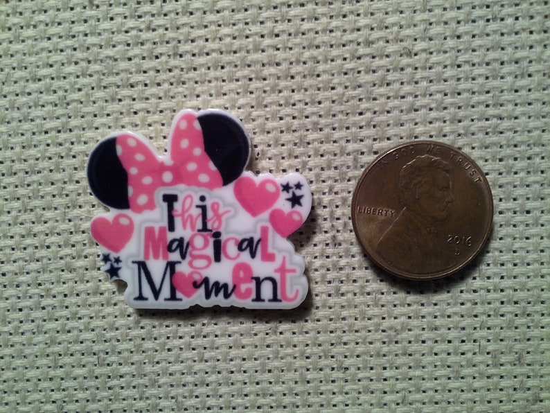 This Magical Moment Minnie Mouse Needle MinderMagnet