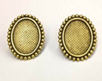 4 Pieces of 18x13 Settings with Posts, Dapped, Vintage, Antique Gold Plated