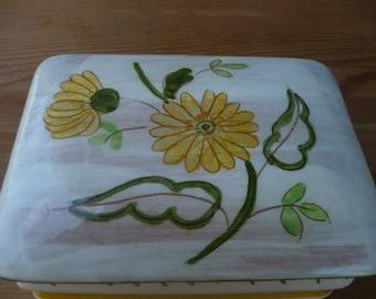 Stangl Terra Rose Yellow Flower Cigarette/Trinket Box