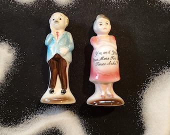 Vintage Musical Moving Grandpa and Grandma Rocking moving sweet retro eclectic decor gift display