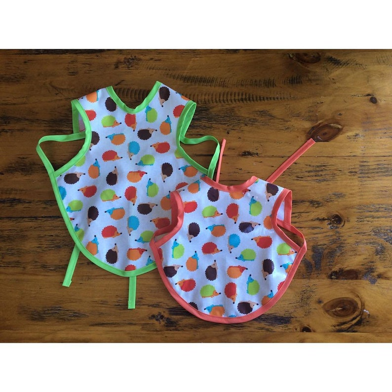 43e7d1a22e6fe Waterproof bib for baby or toddler