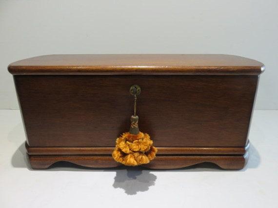 1910 Antique Carved Wood Chamonix hinged dresser box ca