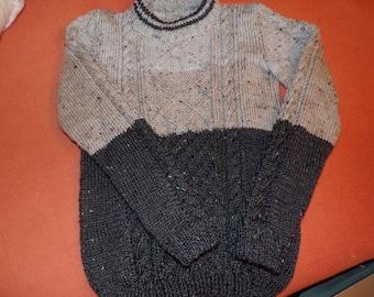 /Beige grey gradient Irish sweater knitted hand woollen size 8/10 years