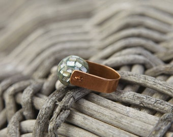 Unique minimal handmade copper and mother of shell ring.