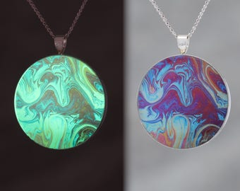 Red Wings  - Glow-in-the-dark pendant with a beautiful abstract soap film pattern - B5