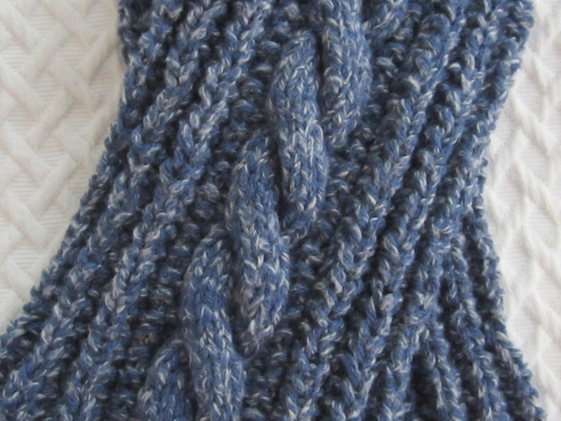 Chunky Mistake Rib Twistout Tomboy Cable Scarf knitting image 0