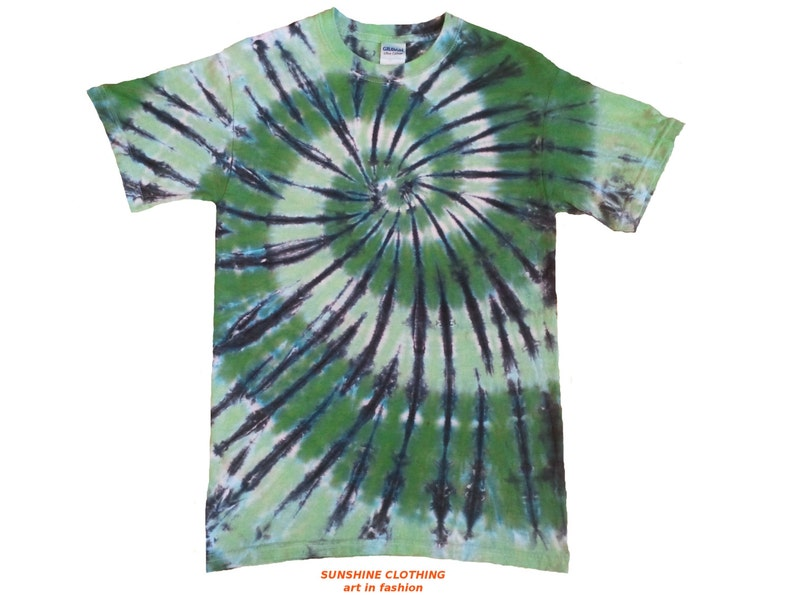 Tie dye T Shirt Blue and black spiral all sizes Hand dyed in the UK