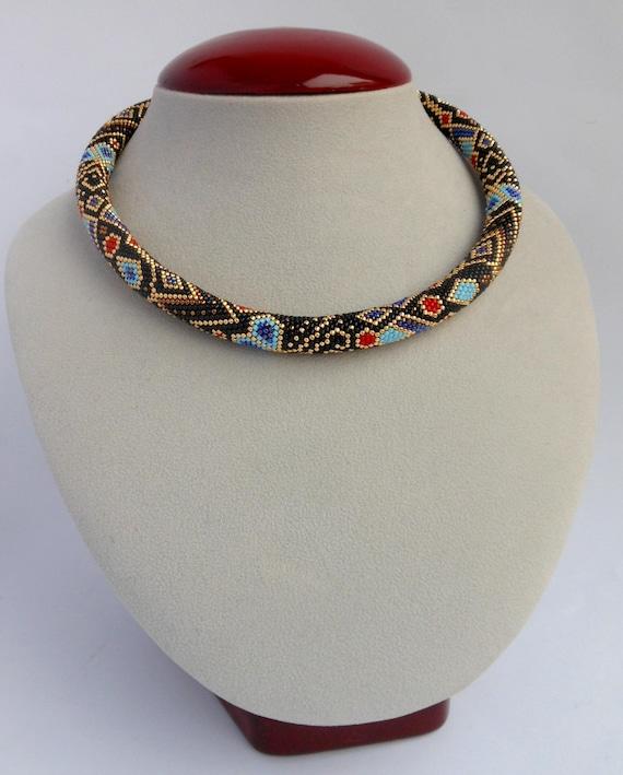 Ethnische Perlenkette häkeln Halskette ethnischen Schmuck | Etsy