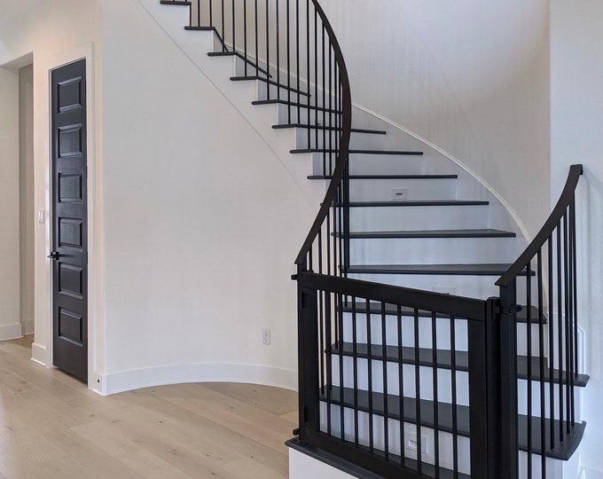 Baby Gate  or Pet Gate with Vertical Balusters