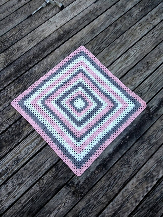 Ganchillo manta de bebé niña hecho a mano tiro en rosa gris | Etsy