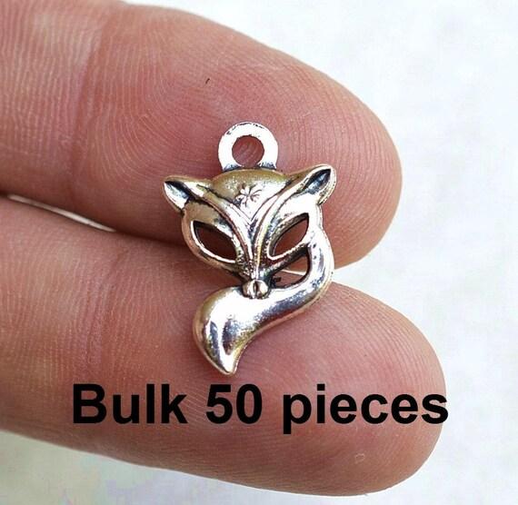 BULK 50 Fox charms antique silver tone A414
