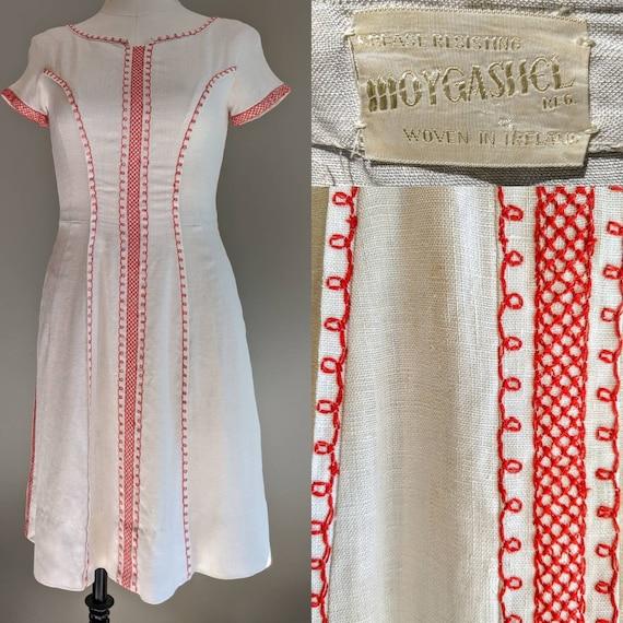 Vintage 1950s Moygashel Linen Embroidered Spring S
