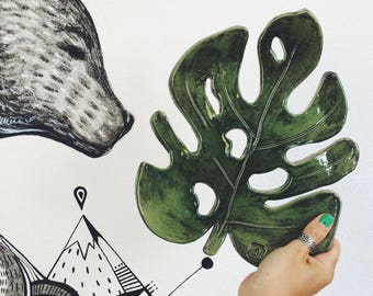 Ceramic green Plate Monstera, handmade pottery rustic style (make after order)