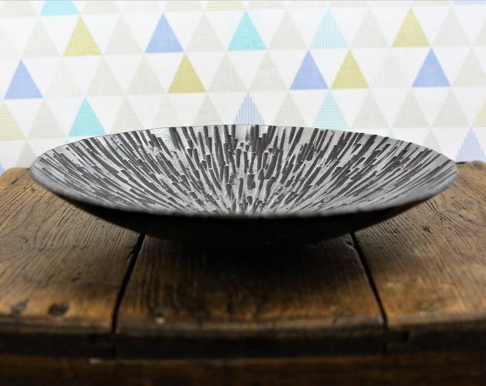 Starburst Pattern Iron Dish