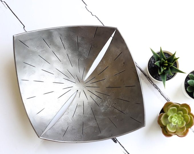 Steel Bowl with Contemporary Design