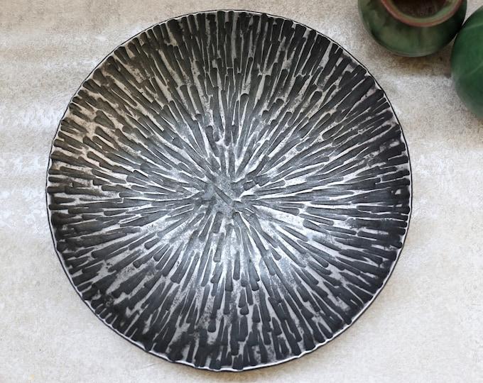 'Starburst' Steel Dish