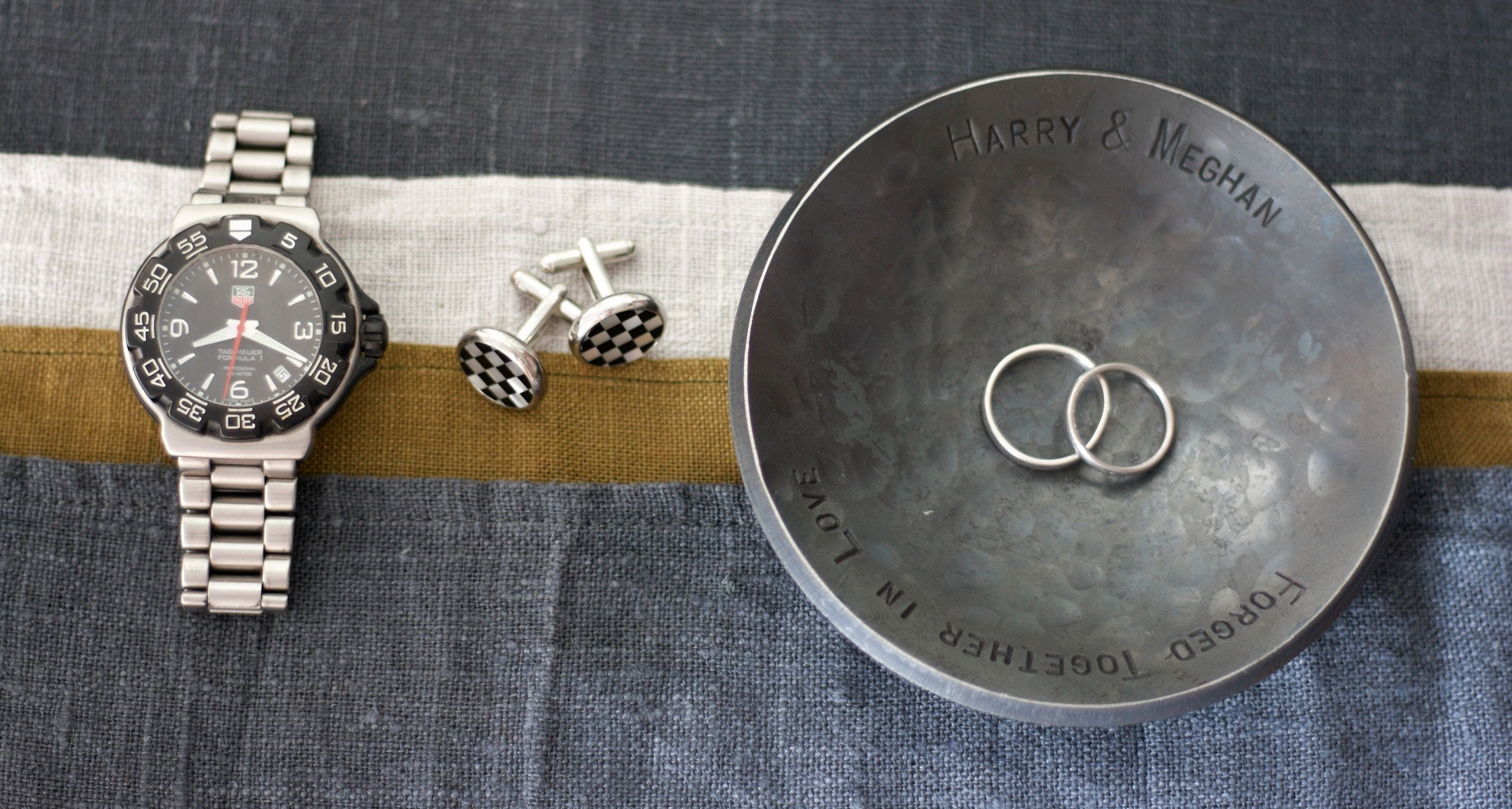 6th Year Wedding Anniversary Gifts For Him: Iron Ring Dish