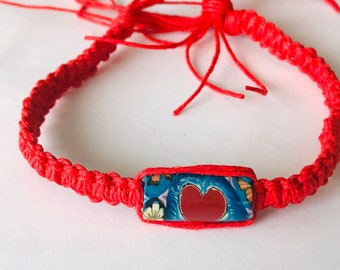 Red Hemp Heart Bead Bracelet