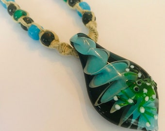 Handmade Hemp Necklace with Glass Frog Pendant
