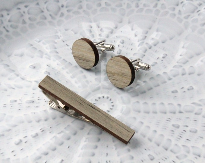 Round Wood Cufflinks & Tie Clip Set // Beetle Pine
