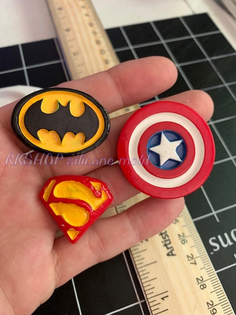 Super Hero mark silicone mold Kids-boys-girls-fondant-Clay-Resin-Candy-crafts-Jewelry....