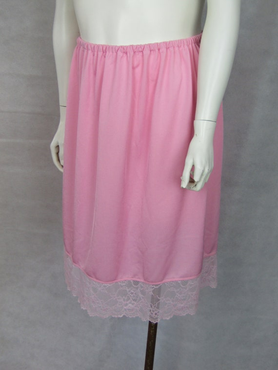 "Half slip petticoat underskirt WHITE  WIDE  LACE size  22 24 LENGTH 25/""  26/"""