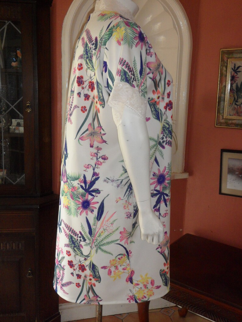 Plus Size Warm Floral Lace Trim Nightie Size 2022