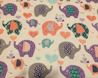 Elephants Lined Placemat, Bowl Mitt, Hot Pad, Matching Lined Table Runner