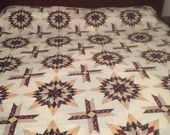 Quilt, Twin, Full, Queen, King,   Matching Pillow Cover , Matching Valance, Matching Curtain