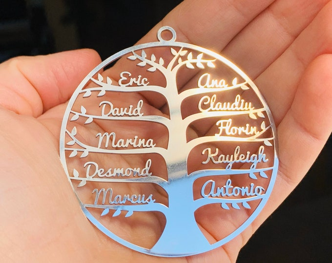 Personalized Family Name Ornament Custom Tree of Life Necklace Hanging Name Bauble Handmade Mothers Day Gift for Grandma Mom Stainless Steel
