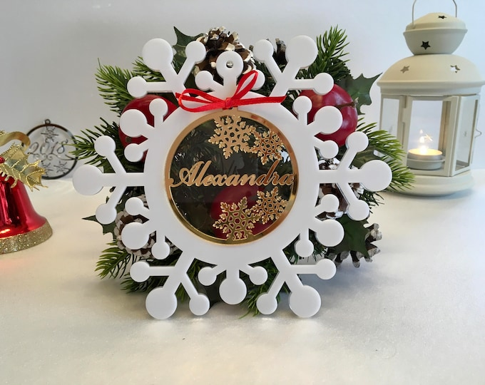 Personalized Christmas Name Bauble Xmas Gift for Family Laser Cut White Snowflakes Christmas Ornament Gold Mirror Name Tree Decorations