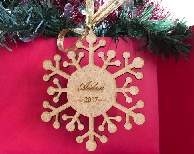 Personalized wood snowflake ornament Any name Any year Christmas family gift Xmas name tree hanging decorations 2019 2020 tags Custom decor