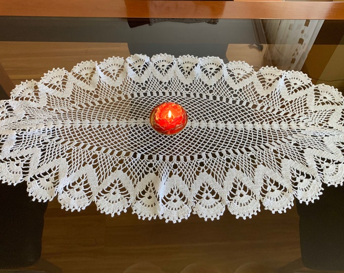 White Doilies Oval Lace Doily Crochet Handmade Vintage Table Decorations Hand Crocheted Lace Home Decor Gift for Mom Tabletop Tablecloth