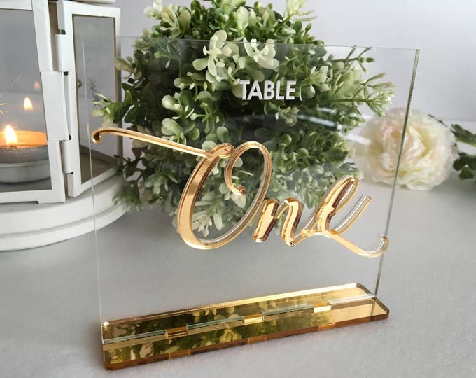 Wedding Table Number Holders Calligraphy Personalized Gold Mirror Clear Acrylic Wedding Sign Modern Centerpieces Luxury Decorations Engraved