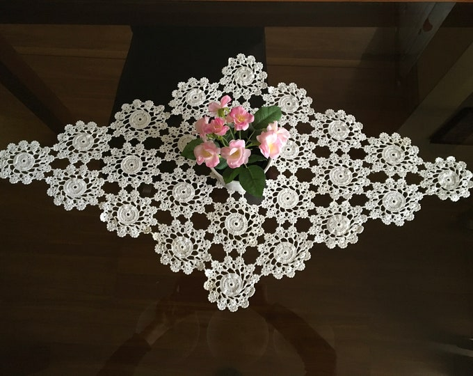 White Vintage Crochet Lace Doily Diamond Shape Handmade Large Table Runner Cotton Table Decorations Thanksgiving Day Topper Wedding Gift Her