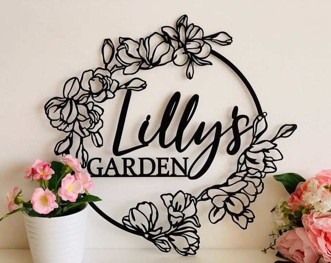 Personalized Flower Garden Name Sign Custom Metal Wall Art Gift for Gardener Decorative Hanging Outdoor Decor Flower Sign Plaque Moms Garden