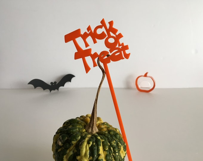 Trick or Treat Drink Stirrer Halloween Cocktail Stir Stick Trick or Treat Cake Topper Halloween Cupcake Halloween decoration Halloween Party