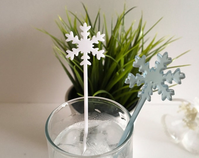 Laser Cut Acrylic Snowflakes Drink Stirrer Frosted Snowflake Ornament Christmas Decorations Frozen Party Picks Swizzle Sticks Winter Wedding