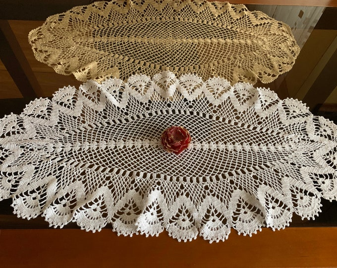 Oval Lace Doily Crochet White Beige Doilies Handmade Vintage Table Decorations Hand Crocheted Lace Christmas Gift for Mom Grandma Tablecloth