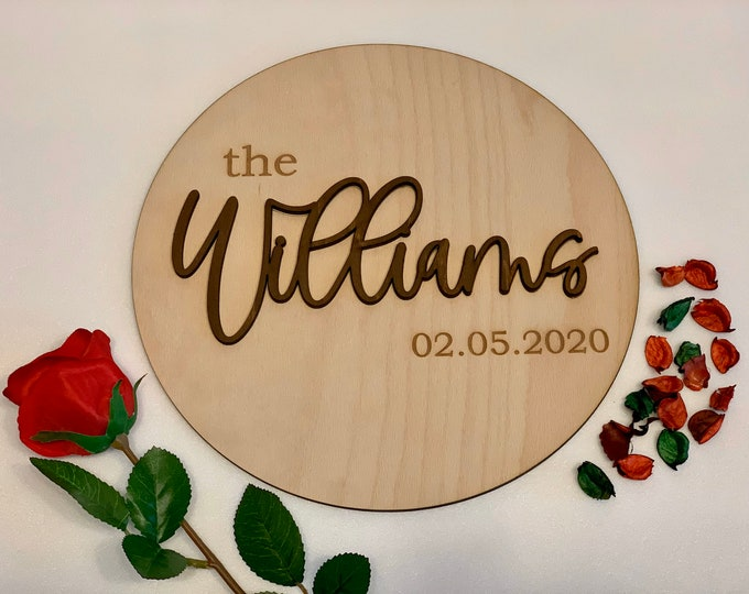 Custom Wood Last Name Sign Personalized Wooden Family Name Round Sign Established Hanging Sign Est. Date Wedding Anniversary Gift for Couple