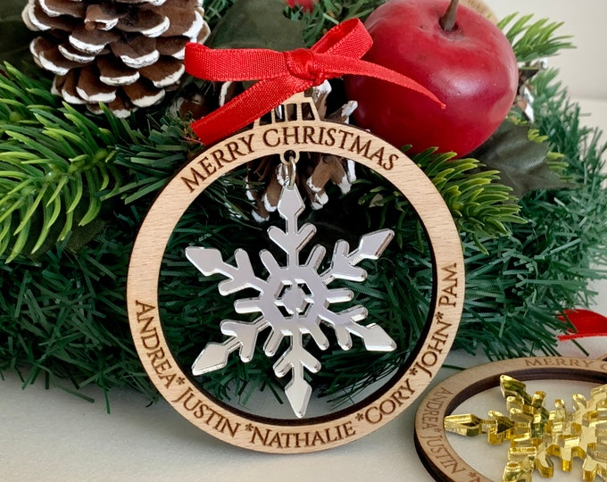 Personalized Christmas 2021 Tree Ornament Custom Engraved Names Family Members Laser Cut Wood Bauble Hanging Acrylic Snowflakes Xmas Decor
