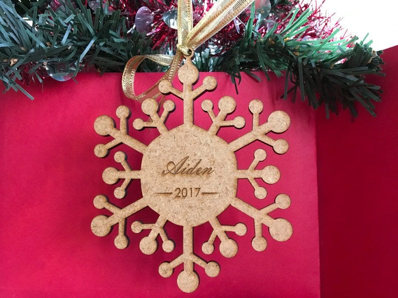 Personalized wood snowflake ornament Any name Any year image 0