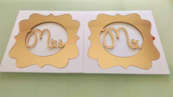 Mr & Mrs Monogram Custom Wedding table Sign Bride and groom Last Name Personalized Gold Charger Placemat Laser Cut Initials Place settings