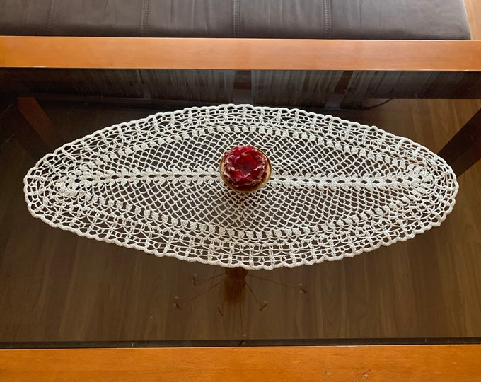Lace Doily Crochet Beige Oval Large Vintage Handmade Top Table Runner Topper Cotton Table Centerpiece Mothers Day Gift for Mom, Wedding Gift