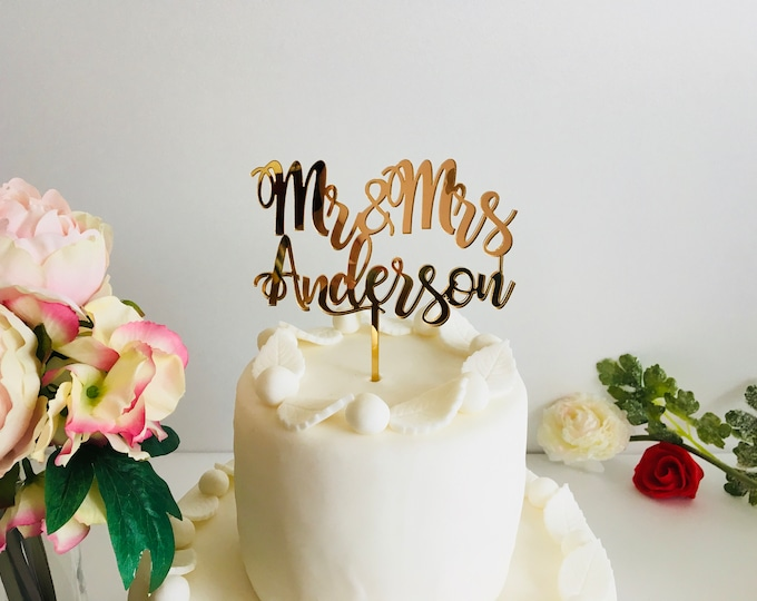 Personalized Wedding Cake Topper Custom Mr and Mrs Last Name Calligraphy Wood Acrylic Table Centerpiece Sticks Customized Cupcake Decoration